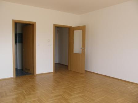 Slike su vezane uz članak: S14, Petruševec, 56,98 m2