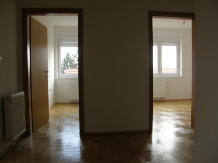 Slike su vezane uz članak: S18, Petruševec, 59,05 m2